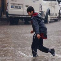 Mersin'de okullar tatil mi | 7 Aralık Mersin okullar tatil edildi mi