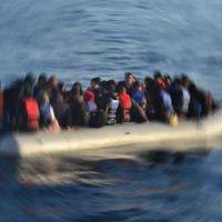 Muğla'da 30 kişiyi taşıyan tekne suya gömüldü