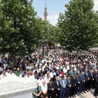Muhammed Mursi için Türkiye genelinde gıyabi cenaze namazı kılındı