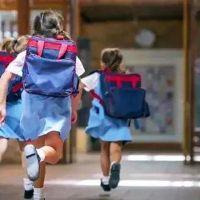 Okullarda armalı soygun! Veliler isyanda