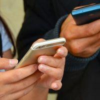 'Online' yaşayan bireyde kimlik çatışması artıyor