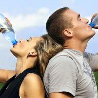 Sağlıklı beslenme için her gün kaç bardak su içilmeli ne zaman içilmeli