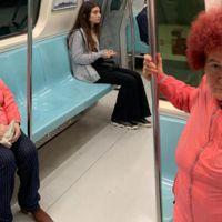 Selda Bağcan metroya bindi! Sosyal medya sallandı