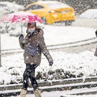 Soğuk Hava Alarmı! İstanbul'da Kar Yağışı Başladı