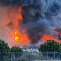 Tuzla'da deri fabrikasında yangın çıktı