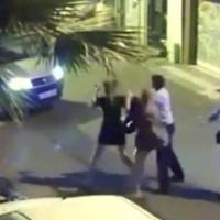 Tacize uğrayan kadını döven polise hapis!