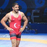 Taha Akgül Dünya Güreş Şampiyonası'nda finalde