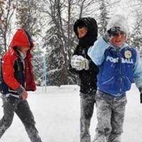 Edirne'de yarın okullar tatil mi 25 Şubat Pazartesi okul var mı yok mu?