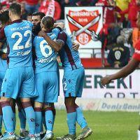 Trabzonspor Antalya'yı ilk yarıda devirdi