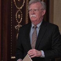 Trump'ın güvenlik danışmanından Suriye'ye kimyasal silah uyarısı