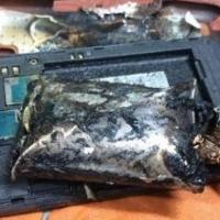 Uçakta yanan telefon skandalı
