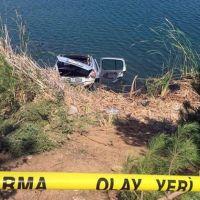 Uşak'ta otomobil gölete uçtu: 4 ölü