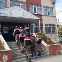 Van'da şafak operasyonu: 10 kişi tutuklandı