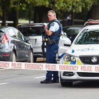 Yeni Zelanda polisinden uyarı: Tüm camilerin kapılarını kapatın