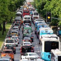 Yeni normalleşmeyle trafik eskiye döndü