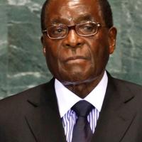 Zimbabwe'de beklenen gelişme, Robert Mugabe istifa etti