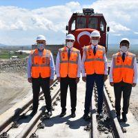 BTK'nin önemli merkezlerinden Kars Lojistik Merkezi ilk iş trenini ağırladı