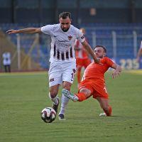 TFF 1. Lig'in 33. haftasında Adanaspor'u 2-1 yenen Hatayspor, normal sezonun bitimine 1 hafta kala şampiyon olarak Süper Lig'e çıkmayı garantiledi.