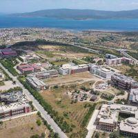 İzmir Yüksek Teknoloji Enstitüsü devlet üniversiteleri arasında birinci sırada