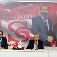 Sivasspor, Rıza Çalımbay'la sözleşme imzaladı