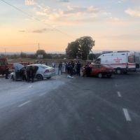 Uşak'ta iki otomobil çarpıştı: 1 ölü, 7 yaralı