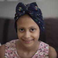 """Kanserle savaşını kitaba döken 9 yaşındaki Ecrin, """"mutlu son"""" arıyor"""