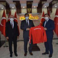 Musa Aydın'dan Batman Petrolspor Güreş Takımı'na ziyaret