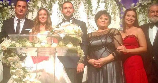 Acun Ilıcalı'nın kızı evlendi