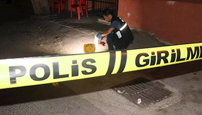 Adana'da sokak ortasında dehşet olay!