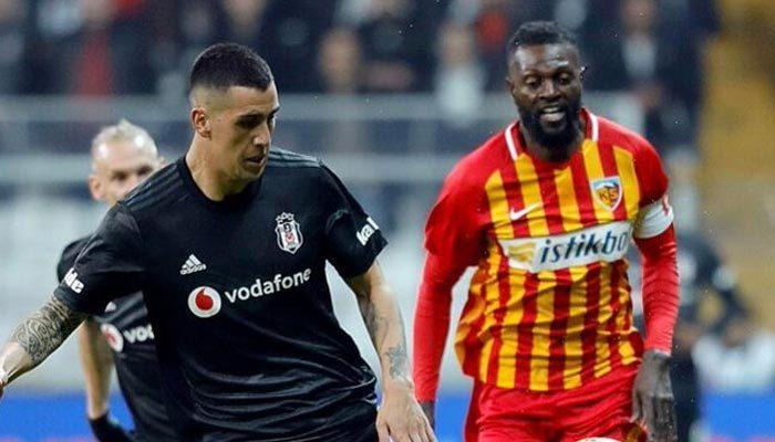 Adebayor Kayserispor'a veda etti
