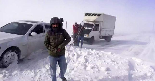 Ağır kış şartları vatandaşlara donma tehlikesi yaşattı
