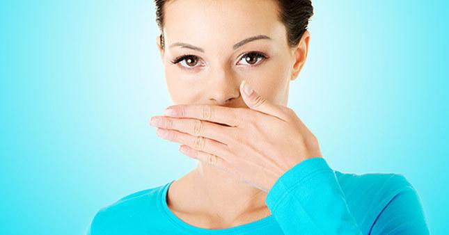 Ağız kokusu hastalık belirtisi olabilir