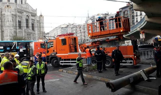 Aksaray'da kaza: Tramvay seferleri durduruldu