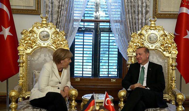 Angela Merkel, Türkiye'yi NATO'ya şikayet edecek
