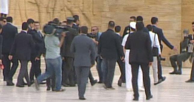 Anıtkabir'de asker bayıldı