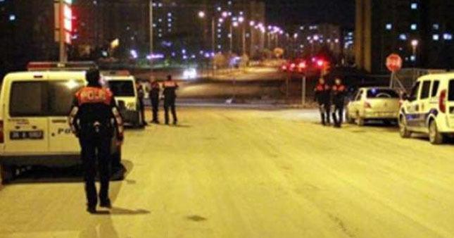 Ankara'da polis ekibine silahlı saldırı