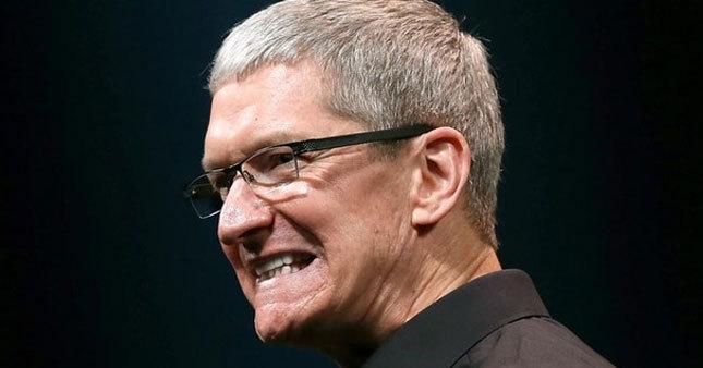 Apple bir günde eridi!