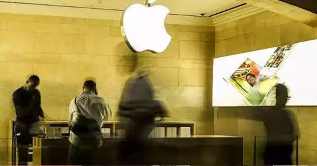 Apple satışları düşüyor