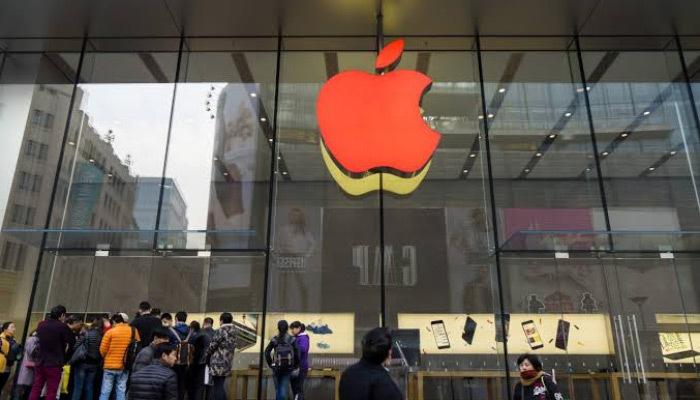 Apple yeni MacBook Pro'sunu tanıttı!