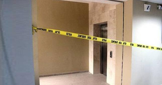 Asansör yere çakıldı: 7 yaralı