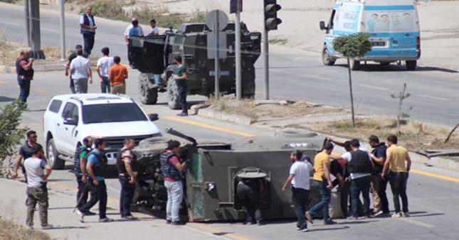 Askeri araç takla attı şehit ve yaralılar var!