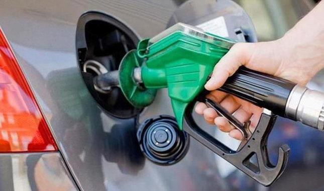 Benzine 15 kuruş indirim geldi! Benzin ne kadar oldu?