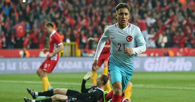 Beşiktaş Emre Mor'u kiralayabilir