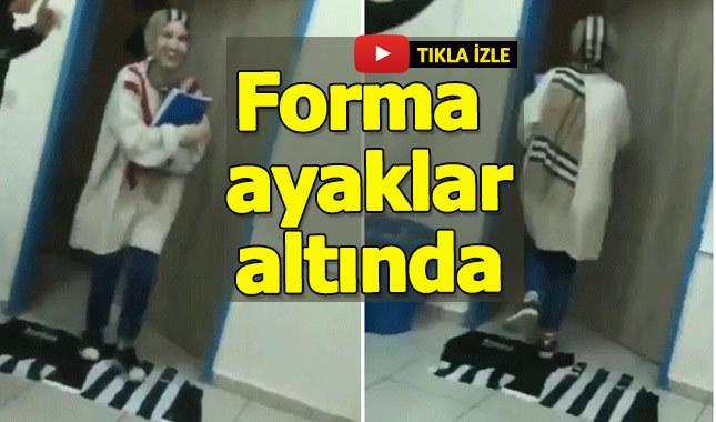 Beşiktaş, bayrağını paspas yapan öğretmenin videosuna tepki