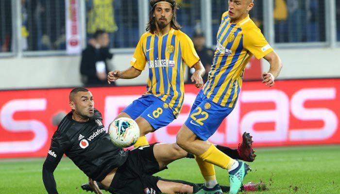 Beşiktaş'a Burak Yılmaz şoku! Derbide...