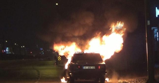 Bursa'da alkollü sürücü aracını ateşe verdi