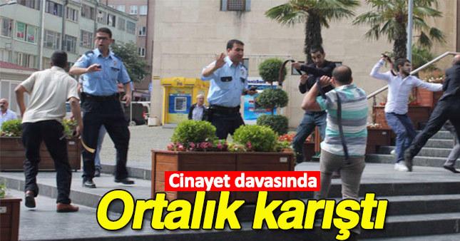 Bursa'da cinayet davası öncesi çıkan kavgayı polis güçlükle ayırdı