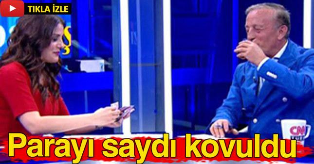 Canlı yayında Ali Ağaoğlu'nun parasını sayınca kovuldu.