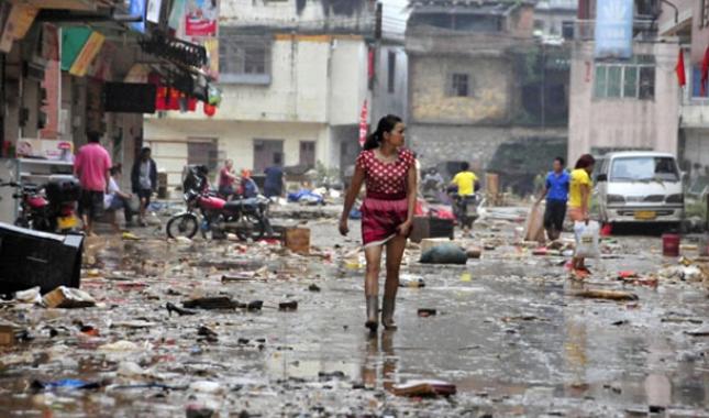Çin'i sel vurdu:18 ölü
