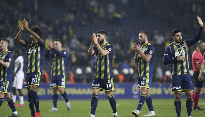 Corona virüs kâbusu Fenerbahçe'ye sıçradı